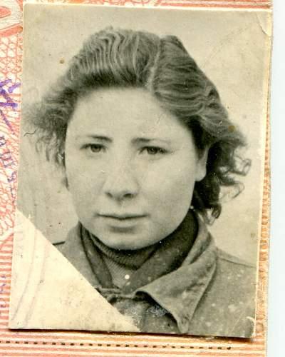 Click image for larger version.  Name:Anna Ivanovana Shorokhova, June, 1956.jpg Views:11 Size:157.5 KB ID:880877