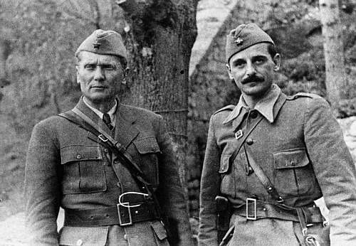 WW2 Yugoslav Communist Partisan Uniform Questions