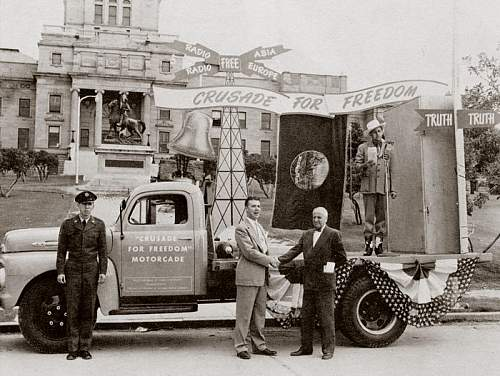 Click image for larger version.  Name:capitol_crusade_for_freedom_truck_1951.jpg Views:768 Size:97.1 KB ID:531088