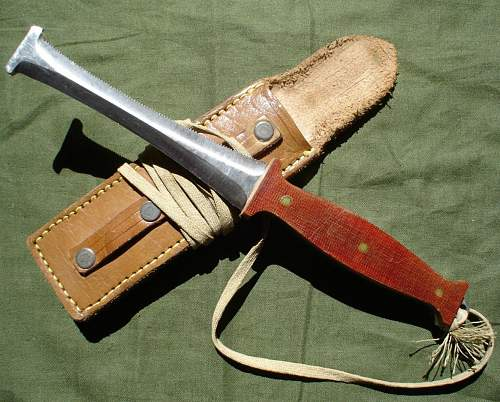 Bulgarian shroud cutter knife