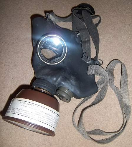 yugoslavia gas mask