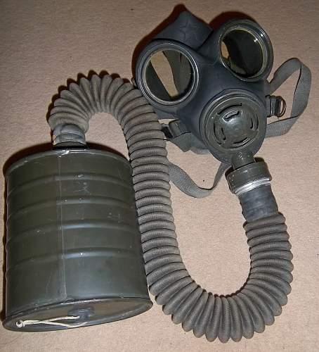 yugoslavia gas mask M-52
