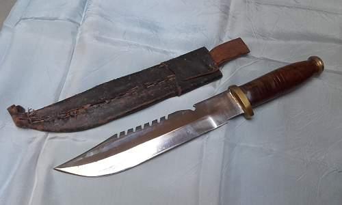 Sawback combat or hunting knife ; maybe ww2 E.G.W model ?