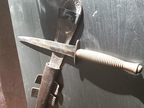 Help with identifying the maker of Fairbairn Sykes fighting knife