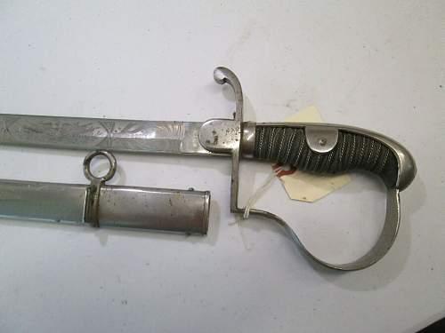 Ww1 prussian sword real or fake ?