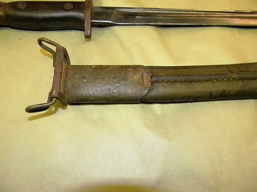 need help identifying a  bayonet