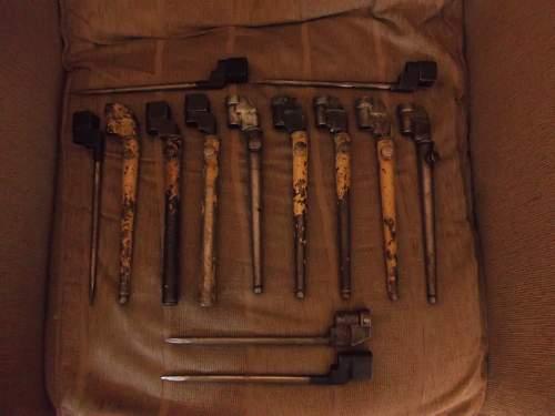 Desert Camo No4 Bayonets.