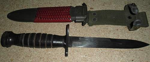 US M4 Camillus bayonet with M8 scabbard?