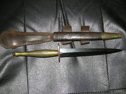 Click image for larger version.  Name:Fighting knives 008.jpg Views:168 Size:248.3 KB ID:58901
