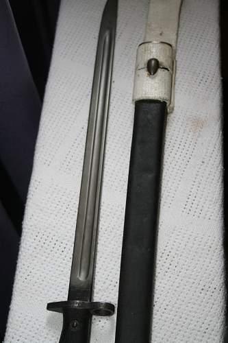 P07 British/Australian issue Sanderson  Bayonet - No crown mark?
