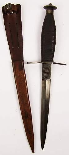 v 42 fighting knife