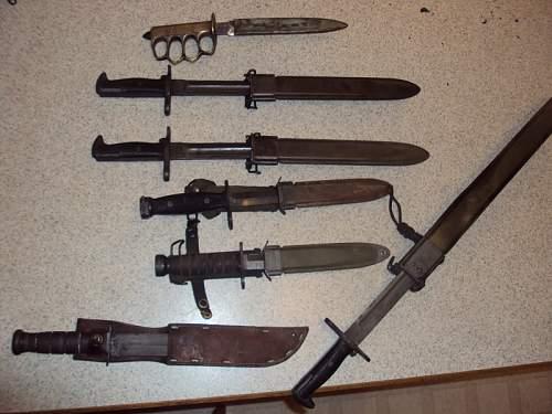 A Few US bayonets and knives.