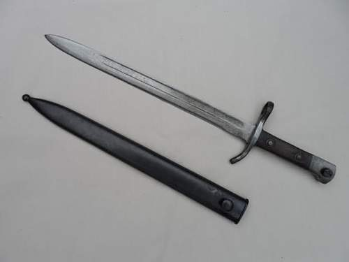 Does anybody recognize this bayonet?