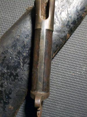 Weird Gurkha knife. Need help