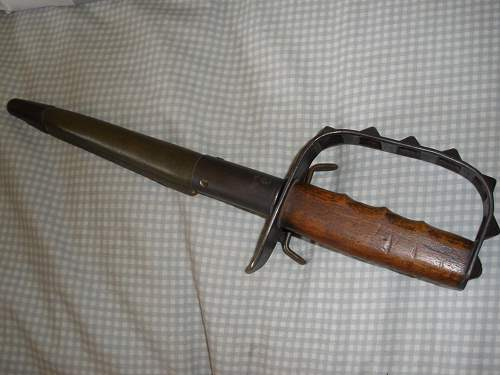 US 1917 trench knife