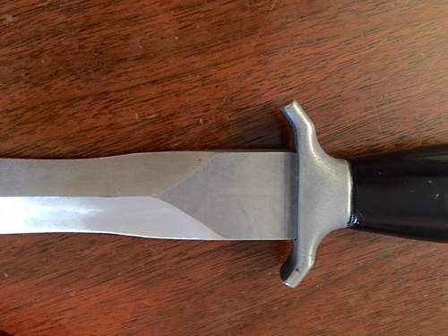 Strange Gerber Mk2 knife