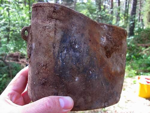 Info on two ground dug Soviet (?) WW2 items