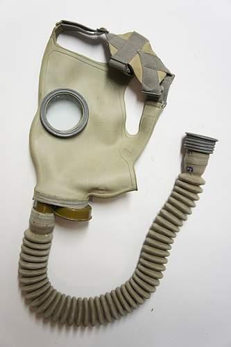 Unknown Soviet WW2 gas mask - O-11 mask