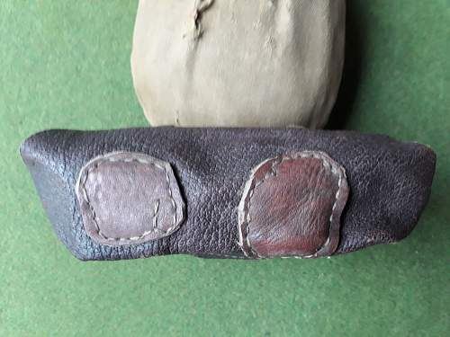 Universal SVT/MG pouch modified to carry F1 grenades?