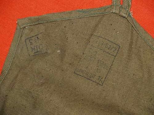 Postwar EO-12 gasmask