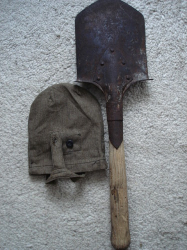 WW2 red army entrenching tool with carrier?
