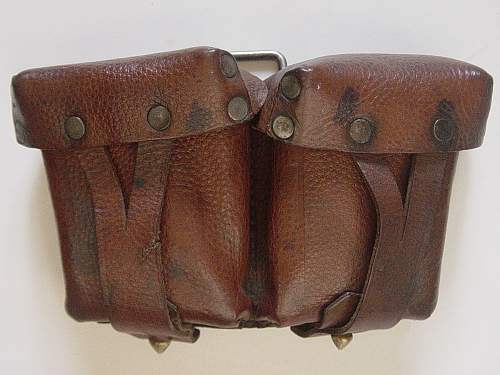 Click image for larger version.  Name:Mosin Nagant ammo pouch 001.jpg Views:5462 Size:245.0 KB ID:30896