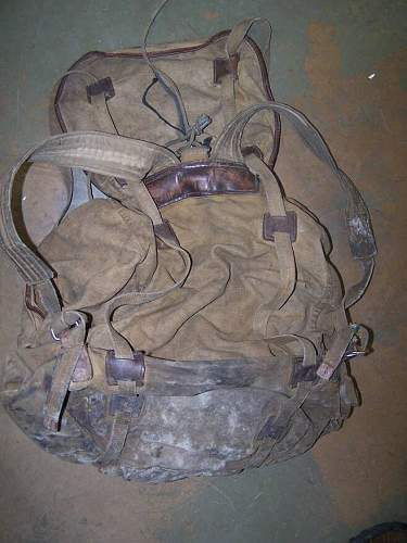 soviet ww2 backpack? never seen this one before