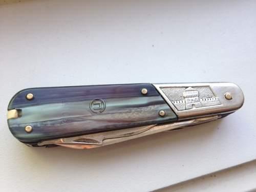 Odd Russian Pocket knife help!!