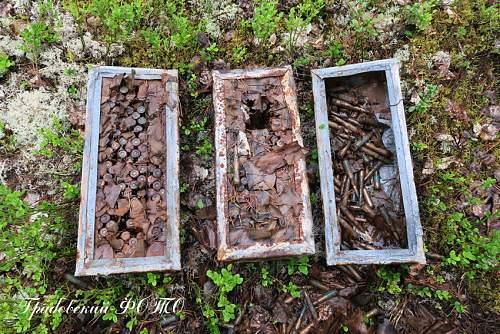 Wartime RKKA Mosin ammo box?
