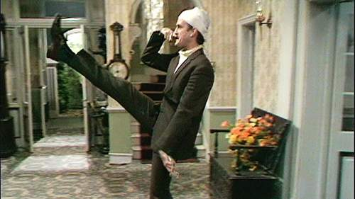 Click image for larger version.  Name:john cleese..jpg Views:66 Size:79.8 KB ID:960204