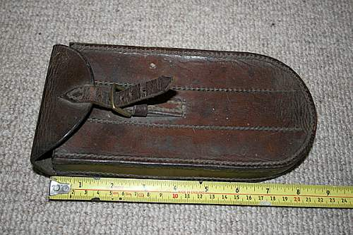 Click image for larger version.  Name:leather pouch 1941.jpg Views:12 Size:169.4 KB ID:1004625