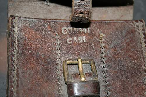 Click image for larger version.  Name:leather pouch 1941a.jpg Views:3 Size:76.2 KB ID:1004626