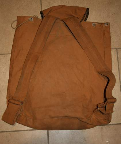 Unknown backpack bag- UK, Canada, purpose?