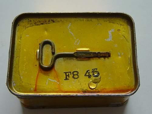 Click image for larger version.  Name:Canadian Royal Navy life raft tin key..jpg Views:659 Size:148.9 KB ID:108912