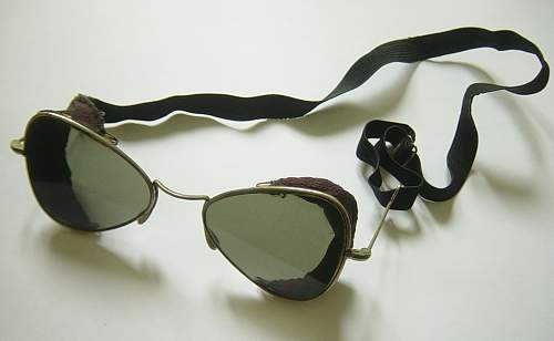 Click image for larger version.  Name:Goggles 003.jpg Views:950 Size:121.5 KB ID:109989