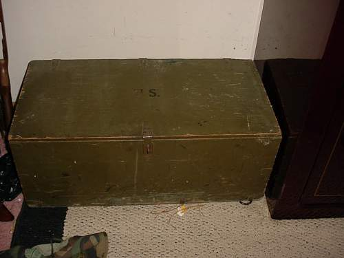 WW2 vets foot locker 1943,info needed