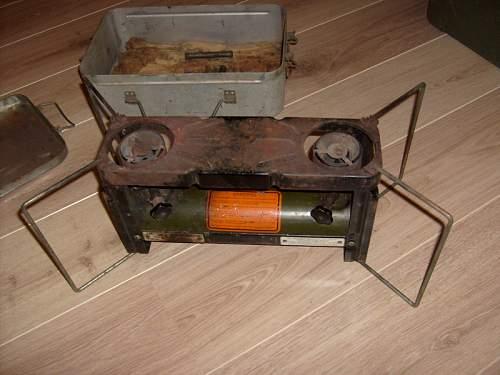 U.s. Agmco 1945 two burner stove
