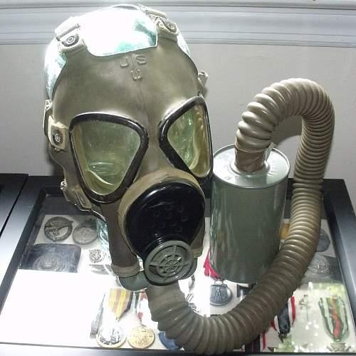 M3A1 Diaphragm Gas Mask & Bag