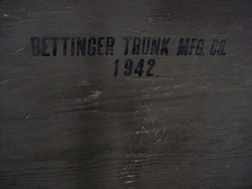 WW2 US foot lockers,anyone collect these?
