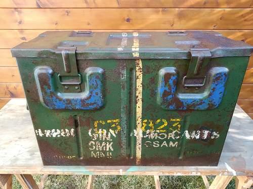 british box steel B166
