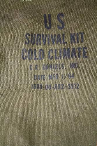 US Survival Kit Cold Climate