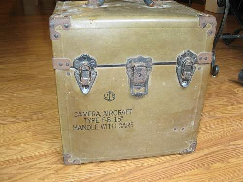Click image for larger version.  Name:WWII camara 001.jpg Views:72 Size:252.6 KB ID:238685