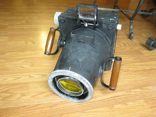 Click image for larger version.  Name:WWII camara 002.jpg Views:200 Size:256.4 KB ID:238704