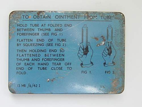 Click image for larger version.  Name:Anti gas ointment tin no.5 reverse..jpg Views:201 Size:151.3 KB ID:30051