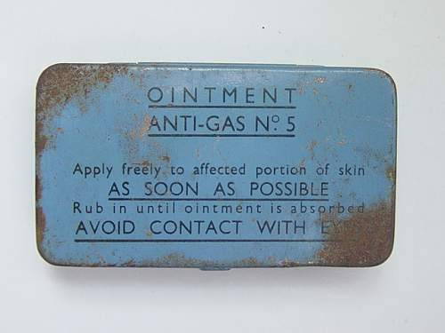 Click image for larger version.  Name:Anti gas ointment No.5 small size. 3 tubes..jpg Views:300 Size:151.1 KB ID:30052