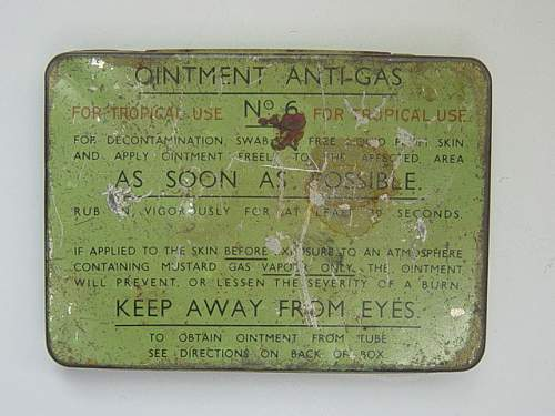 Click image for larger version.  Name:Anti gas ointment tin no.6 tropical..jpg Views:159 Size:140.2 KB ID:30053