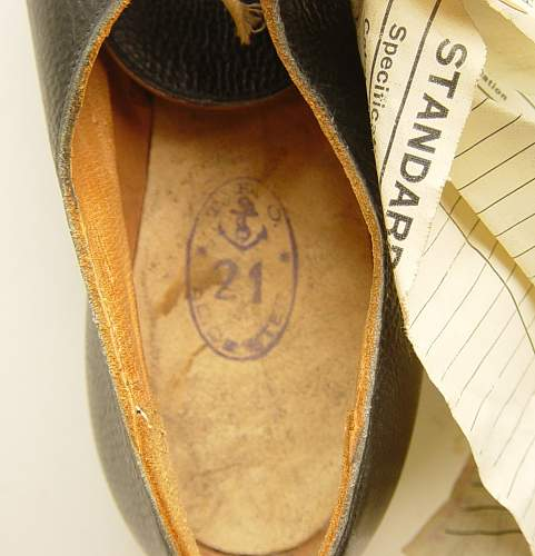Click image for larger version.  Name:Shoes, Galley, WRNS 005.jpg Views:73 Size:153.4 KB ID:320231