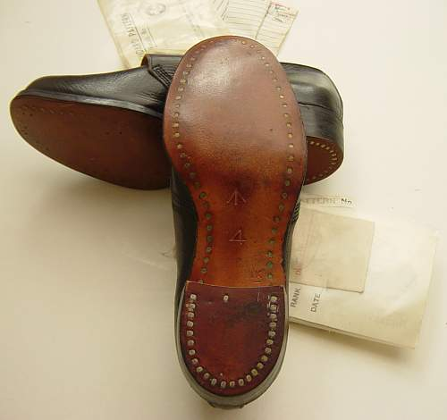 Click image for larger version.  Name:Shoes, Galley, WRNS 002.jpg Views:58 Size:121.0 KB ID:320233