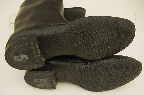 Click image for larger version.  Name:Boots, rubber, kneee, ATS 002.jpg Views:40 Size:175.8 KB ID:320535