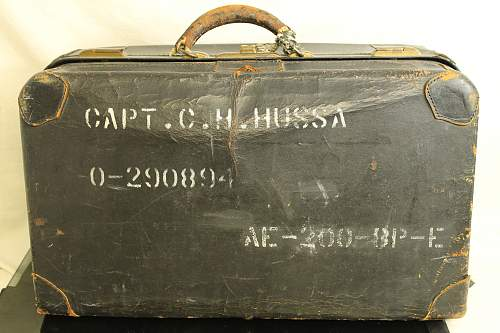 Wwii air corp captain curtis h hussa bag. Not sure of era or branch